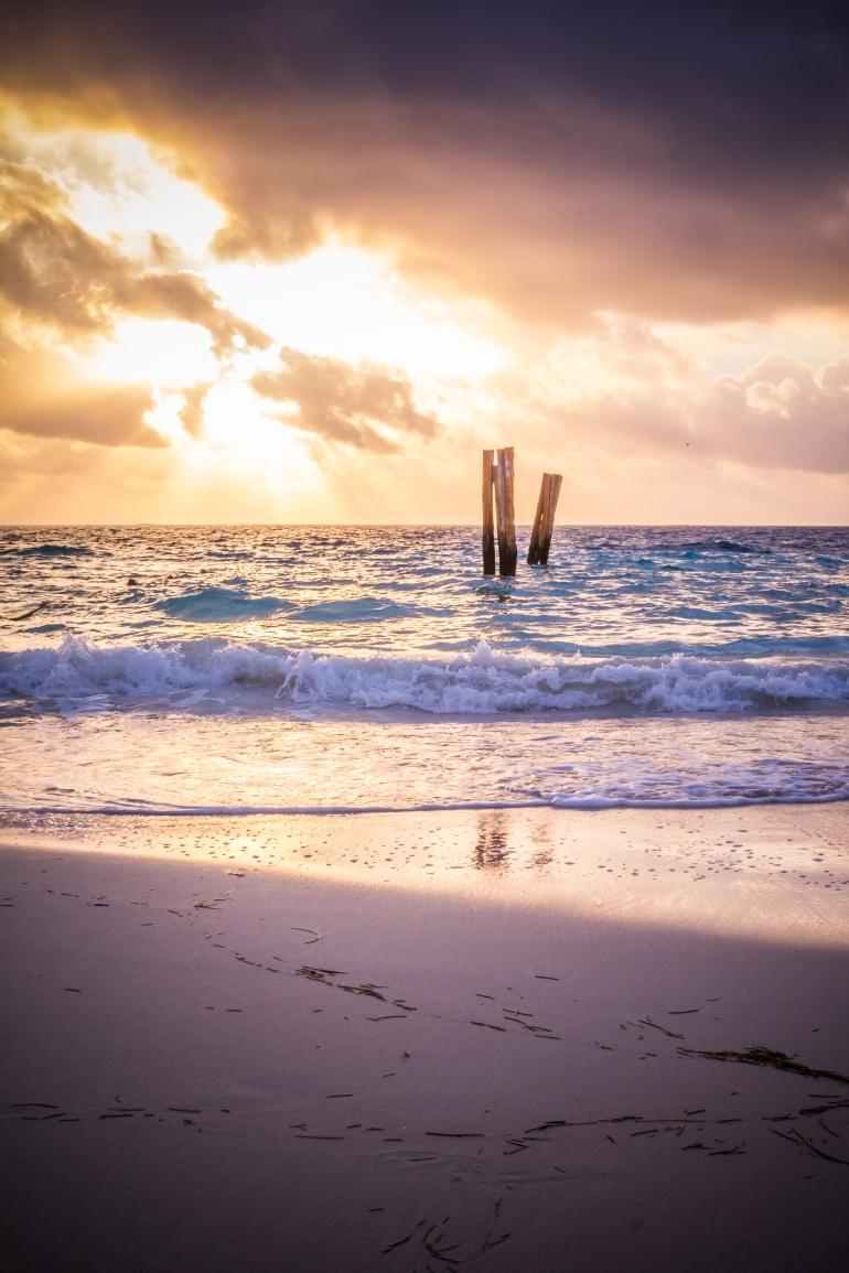 beachviewromantic-1